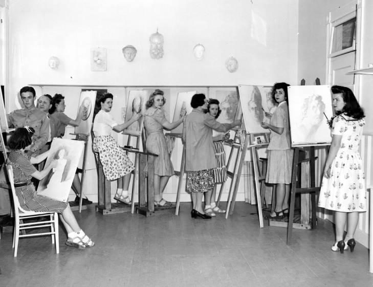 1949: Art Class